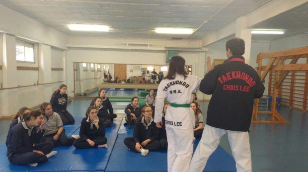 Defensa personal femenina a Girona i Salt